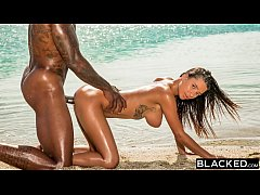 BLACKED Perfect Body Beauty Fucks Her BBC Diving Coach