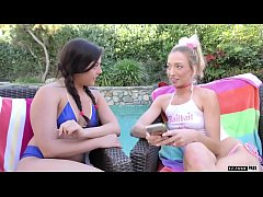 Whitney Wright and Zoey Parker had sexual relat...