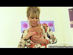 English milf Gabby will...