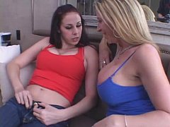 Sara Jay and Gianna Michaels hot threesome