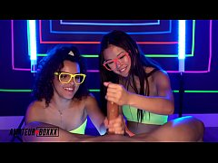 Amateur Boxxx - Lulu Chu and Ella Cruz Give Neon Handjob