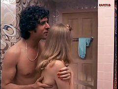 Father seduces his daughter in the bathroom