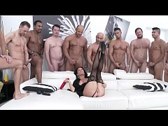 Squirt me a River - Super slut Veronica Avluv D...