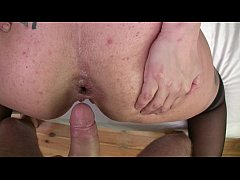 Homemade anal sex with chubby girlfriend