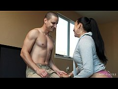 Curvy Latina wife fucks the cable guy while her...
