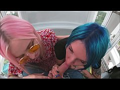 risky ferris wheel blowjob slutty teens