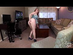 Clip sex SUMMER VISIT TO AUNTIE'S HOUSE -LADY FYRE VIRTUAL SEX