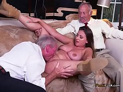 Teen Ivy Rose Gets Her Pussy Eaten By Old Guy