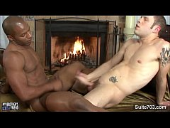 Black gay gets fucked...