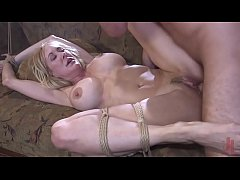 Clip sex Milf in trouble : Brandi Love is tied up and fuck hard by a crazy fan