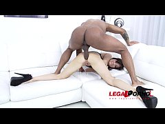 Sandra Luberc prefers 100% anal fucking with huge cocks (0% pussy) SZ1086