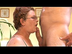 Omas Alt Versaut Fickgierig (Full Movie - 4 Sce...