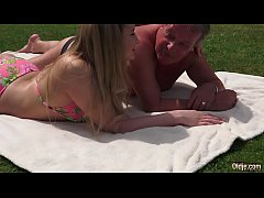 Sweet Young Blonde Fucked Old Guy in the park a...