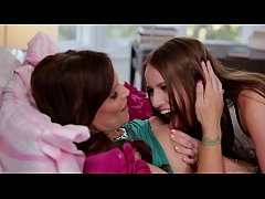 Syren De Mer and Scarlett Sage - Mommy's Girl