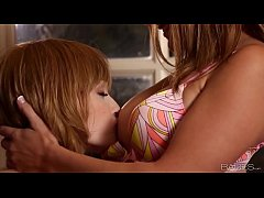 Babes - GAME NIGHT - Macy Cartel, Zoey Paige