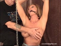 Erotic bondage and ballgagged domination of kin...