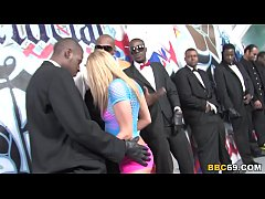 Clip sex Aiden Aspen Group Sex With Big Black Dicks