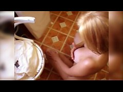 THE LOST TAPES (1) Blonde Britney Swallows from...