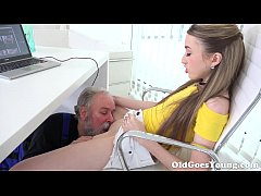 Old Goes Young - Lovely Vlada splits open her l...
