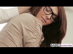 Babes - Office Obsession - Alexis...
