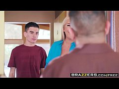 Brazzers - Teens Like It Big -  Doing The Dishe...