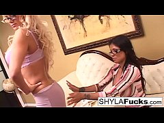 Shyla and Alexis Amore Enjoy Sex