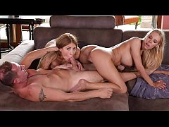 Paulina Soul & Florane Russell in intense pussy and ass fucking threesome