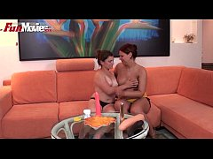 FUN MOVIES Amateur Lesbians with strap on
