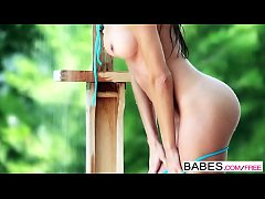 Babes - Tight Squeeze starring...