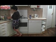Mature Mom and Her Boy in the Kitchen Russian Amateur 202CamGirlz.Com