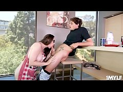 Chanel Preston motivates her stepson by taking ...