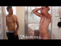 HD - ManRoyale Boyfriends share...