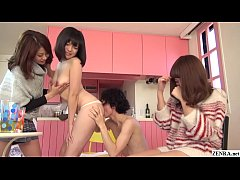 JAV friend watches FFM threesome unfold Subtitled