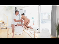 I Fucked Her Finally - Hot babe orgasms at massage session