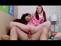 Little GINGER STEP-SIS in BRACES - She Got Pene...