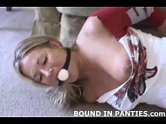 Amateur MILF Marie tied up tight with blue ropes
