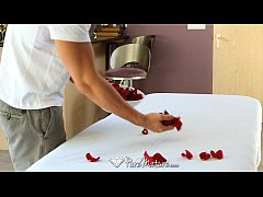 thumb  puremature    sensual massage on a bed of roses for kiera king