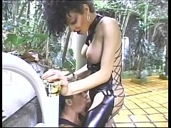 Shemale slut in kinky latex outfit gets pounded outdoors by a stud