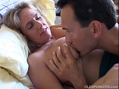 thumb wanda is a b eautiful big tits mature babe who loves to fuck