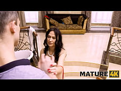 MATURE4K. Mature in red bra takes stepsons pist...