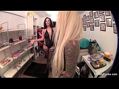 Christy Mack & Kirsten Price On Set