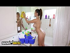 BANGBROS - Carrie Brooks Is A Pretty, Young Mai...