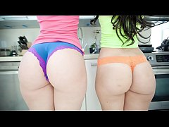 BANGBROS - PAWG Babes Alexis Texas and Liz Make...