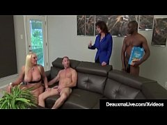 thumb mature moms dea  uxma