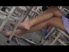 Cams4free.net - Candid College Student Barefoot...
