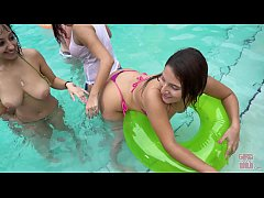 GIRLS GONE WILD - Pool Party With Marilyn Mansi...