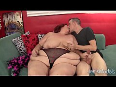 Redhead mature whore Sweet Cheaks gets fucked h...