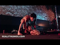 Clip sex RK Prime - (Bonnie Rotten, Small Hands) - Pitch Black Pole Dancer - Reality Kings