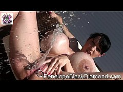 Clip sex Penelope Black Diamond Outdoor Piss Milk Dusche Preview