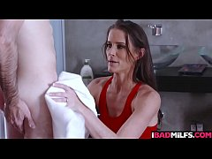 Sofie was accidentally saw his stepdaughter Monica Sage getting fucked by Jake Adams!
